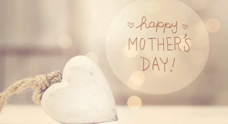 Mother's Day message with a white heart in a room, Image by Florist with Flowers