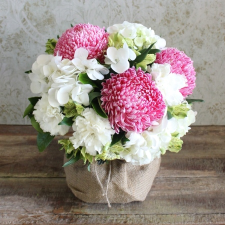 Christmas Blush Posy